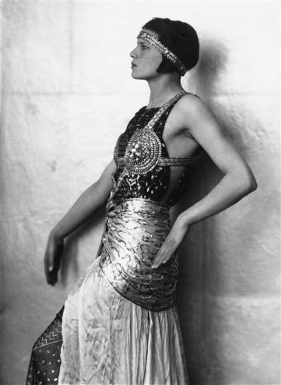 Marion-Wulz-in-costume-egizio