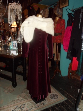 1930's fur stole added, perfect for a winter bride